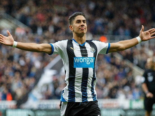 Ayoze Perez of Newcastle United celebrates scoring the opening goal during the Barclays Premier League match between Newcastle United and Chelsea at St James' Park on September 26, 2015 in Newcastle upon Tyne, United Kingdom.