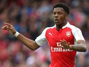 Akpom hits late Arsenal winner