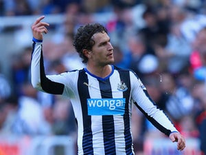 Daryl Janmaat back for Newcastle