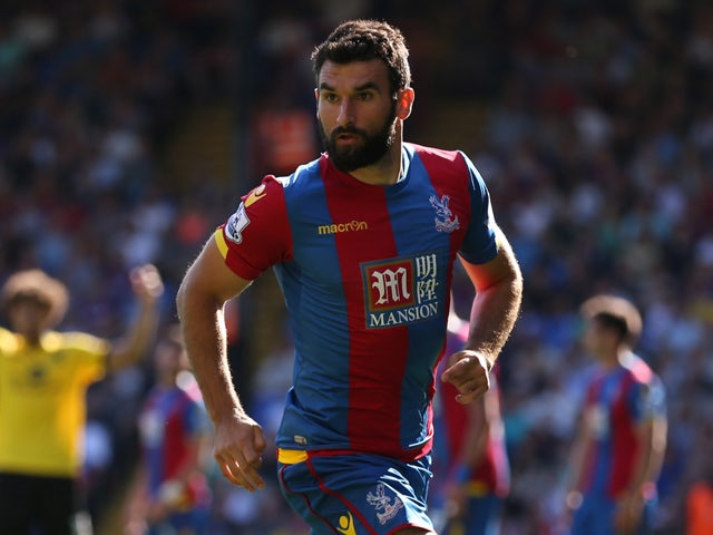 Mile Jedinak of Crystal Palace in action during the Barclays Premier League match between Crystal Palace and Aston Villa at Selhurst Park on August 22, 2015
