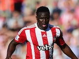 Victor Wanyama of Southampton is chased by Morgan Schneiderlin of Manchester United during the Barclays Premier League match between Southampton and Manchester United at St Mary's Stadium on September 20, 2015 in Southampton, United Kingdom.