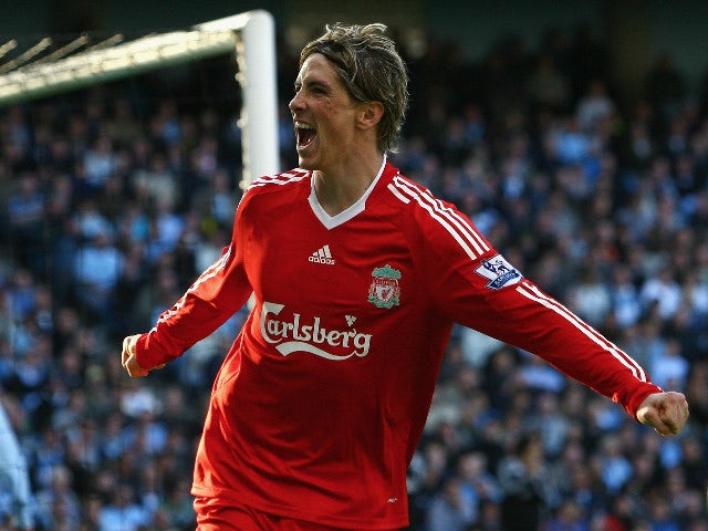 Fernando Torres of Liverpool celebrates scoring his team's second goal during the Barclays Premier League match between Manchester City and Liverpool at The City of Manchester Stadium on October 5, 2008 in Manchester, England.