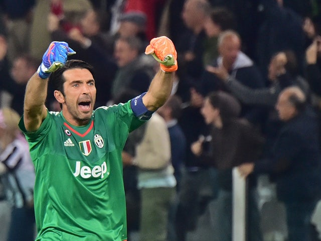 Buffon equals Serie A clean sheet record