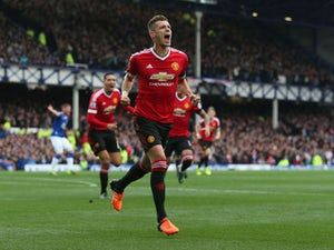 Schneiderlin 'not angry' at Mourinho