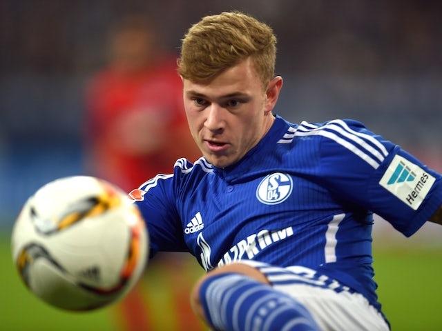 Schalke's midfielder Max Meyer plays the ball during the German first division Bundesliga football match FC Schalke 04 vs Hertha BSC Berlin in Gelsenkirchen, western Germany, on October 17, 2015.