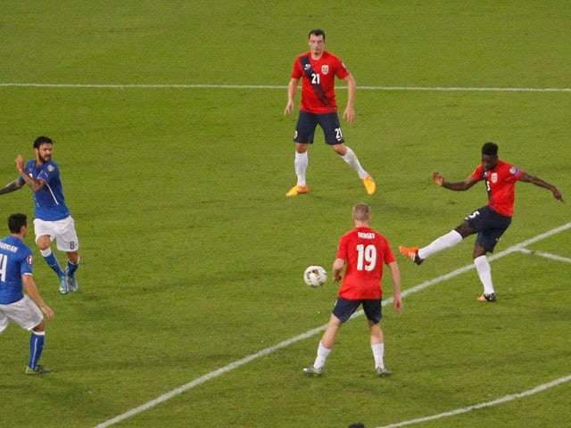 Alexander Tettey of Norway scores the opening goal during the UEFA EURO 2016 Qualifier between Italy and Norway on October 13, 2015