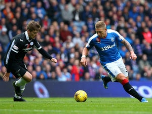Waghorn suffers hamstring injury in Rangers draw