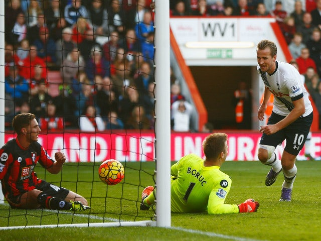 Harry Kane (R) of Tottenham Hotspur celeberates scoring his team's fifth and hat trick goal during the Barclays Premier League match between A.F.C. Bournemouth and Tottenham Hotspur at Vitality Stadium on October 25, 2015 in Bournemouth, England.