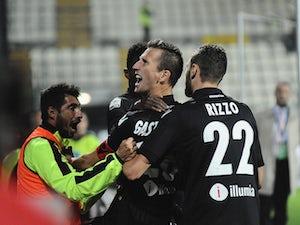 Late Bologna winner sinks 10-man Carpi
