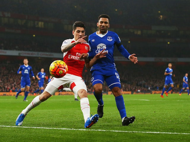 Hector Bellerin of Arsenal and Aaron Lennon of Everton compete for the ball during the Barclays Premier League match between Arsenal and Everton at Emirates Stadium on October 24, 2015 in London, England.