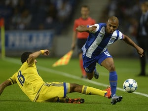 Report: Everton begin Yacine Brahimi talks