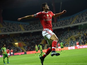 Man United, PSG 'keen on Guedes'