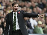 Manager Glenn Roeder of Norwich shouts during the Coca-Cola Championship match between Norwich City and Ipswich Town at Carrow Road on November 4, 2007