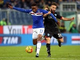 Carlos Carbonero of US Sampdoria battles for the ball with Lorenzo Tonelli of Empoli FC during the Serie A match between UC Sampdoria and Empoli FC at Stadio Luigi Ferraris on October 29, 2015