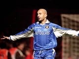 Chelsea player/manager Gianluca Vialli celebrates his goal during the Worthington Cup fourth round match against Arsenal at Highbury in London on 11 November, 1998