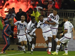 Lyon cruise through Etienne challenge