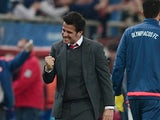 Olympiacos' Portuguese coach Marco Silva celebrates after winning the UEFA Champions League football match between Olympiacos and Dinamo Zagreb at the Georgios Karaiskakis stadium in Athens on November 4, 2015