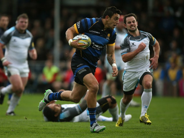 Bryce Heem of Worcester makes a break during the Aviva Premiership match between Worcester Warriors and Newcastle Falcons at Sixways Stadium on November 7, 2015 in Worcester, England.