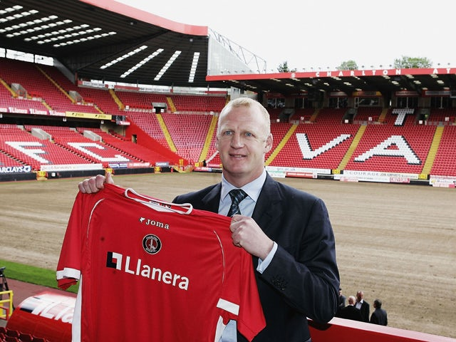 Iain Dowie poses as he is named as the new Charlton Athletic Manager during a Photocall at The Valley on May 30, 2006