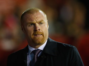 Sean Dyche of Burnley looks on during the Sky Bet Championship match between Nottingham Forest and Burnley at City Ground on October 20, 2015