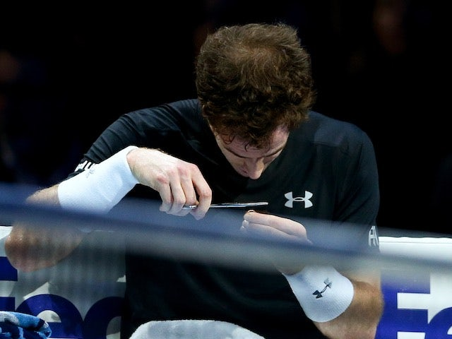 Video: Andy Murray cuts hair during Nadal match