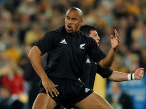 Cardiff to hold Jonah Lomu applause