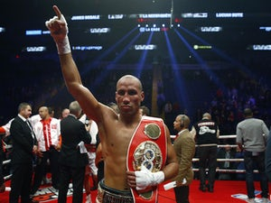 DeGale, Jack make weight ahead of world title bout