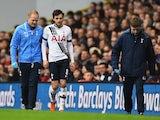 Ryan Mason comes off injured for Spurs against Chelsea on November 29, 2015