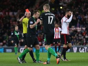 Van Aanholt, Watmore give Sunderland win
