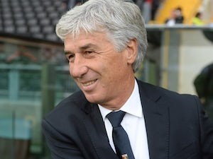 Head coach of Genoa Gian Piero Gasperini looks on during the Serie A match between Udinese Calcio and Genoa CFC at Stadio Friuli on October 4, 2015