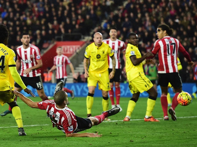 Oriol Romeu of Southampton scores his team's first goal during the Barclays Premier League match between Southampton and Aston Villa at St Mary's Stadium on December 5, 2015