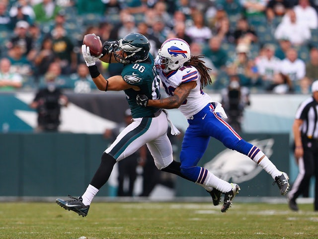 Connor Barwin #98 of the Philadelphia Eagles makes a catch over Ronald Darby #28 of the Buffalo Bills during the third quarter at Lincoln Financial Field on December 13, 2015