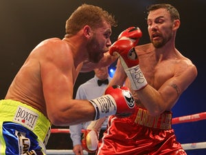 Saunders links up with trainer Adam Booth