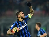 Mauro Icardi celebrates netting Inter's equaliser against Lazio on December 20, 2015