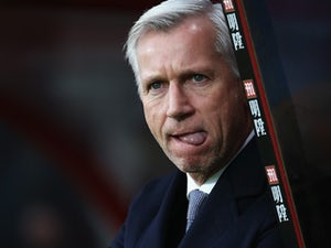 Crystal Palace manager Alan Pardew salivates during the game at Bournemouth on December 26, 2015