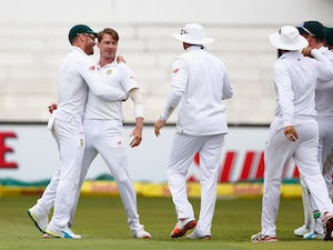Dale Steyn out of second Test