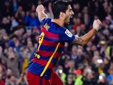 Luis Suarez celebrates scoring during the game between Barcelona and Real Betis on December 30, 2015