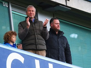Abramovich gives Chelsea players watches