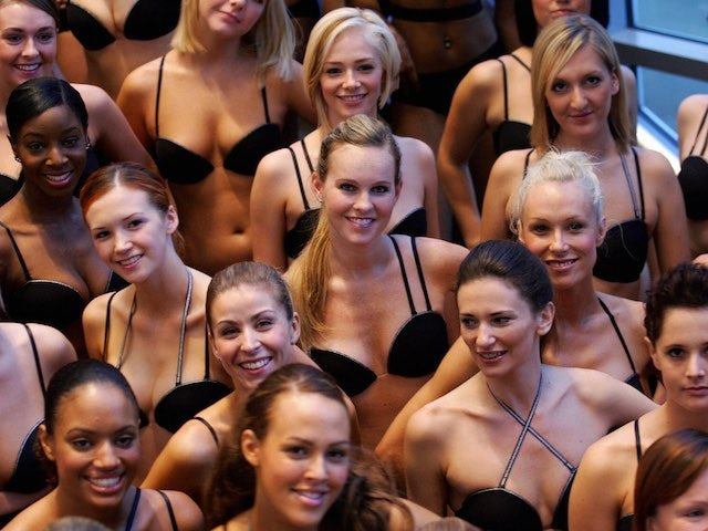 A group of wonderbra models and their accompanying breasts