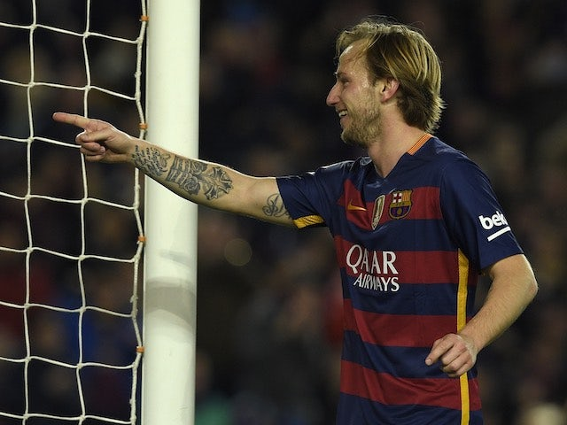Ivan Rakitic celebrates scoring during the game between Barcelona and Athletic Bilbao on January 17, 2016