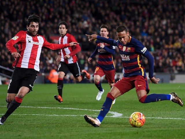Neymar scores during the game between Barcelona and Athletic Bilbao on January 17, 2016