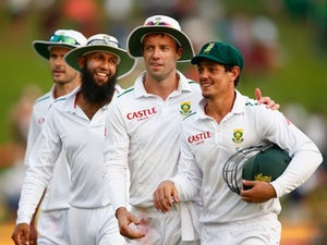 De Kock, Bavuma lead South Africa recovery