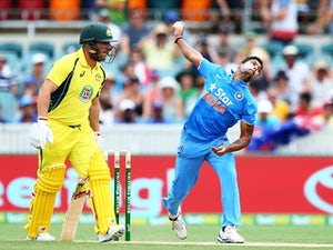 India clinch victory in final over
