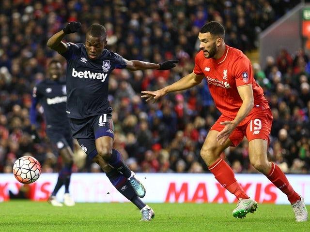 Enner Valencia of West Ham United evades Steven Caulker of Liverpool on January 30, 2016