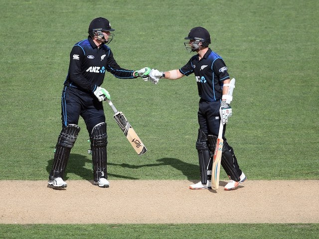 Martin Guptill and Kane Williamson in action during the third ODI between New Zealand and Pakistan on January 31, 2016