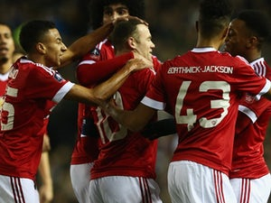 Man United into round five of FA Cup