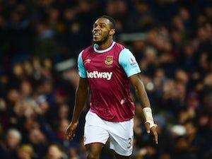 West Ham ease past 10-man Aston Villa