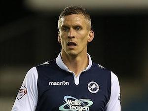 Steve Morison signs new Millwall deal