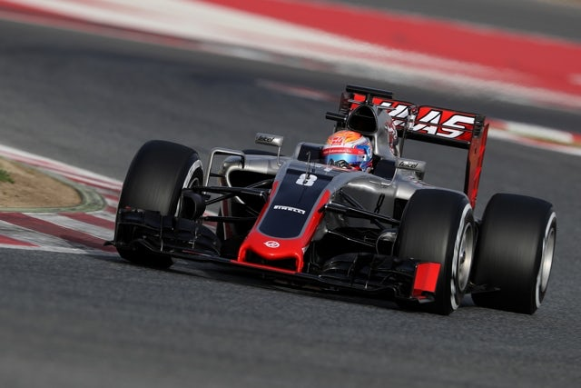 Vettel on pole in Baku, Hamilton second