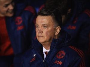 Van Gaal jokes about facing sack